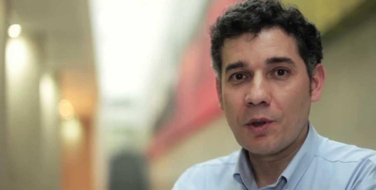 Ramón Salaverría realiza visita al Magíster en Comunicación Digital