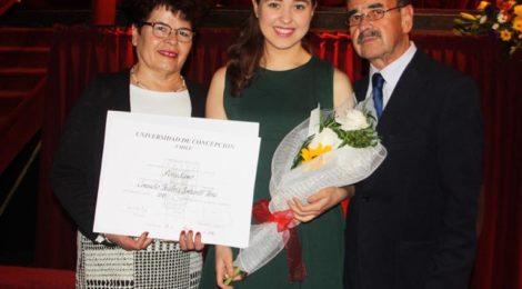Consuelo Emhardt obtuvo el Premio Universidad de Concepción 2015