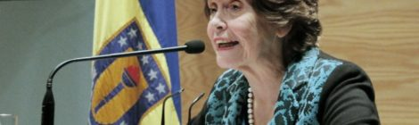 María Olivia Mönckeberg realizó clase magistral de Periodismo UdeC