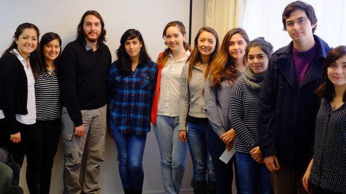 """Ciencias Sociales homenajeó a las carreras que participaron en """"Mechoneo Piola"""" y a los profesionales que obtuvieron el Premio UdeC"""