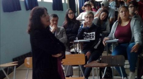 Presidenta del Consejo Regional del Colegio de Periodistas ofreció charla a mechones de la carrera Periodismo
